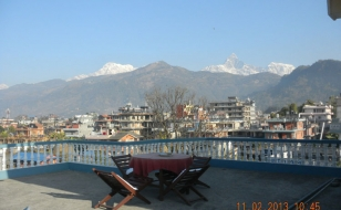 mountain-views-from-pokhara
